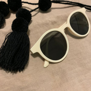 California Sunglass_Cream