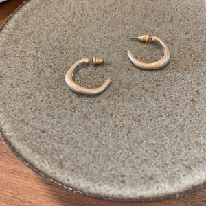 Crescent Earrings_Gold