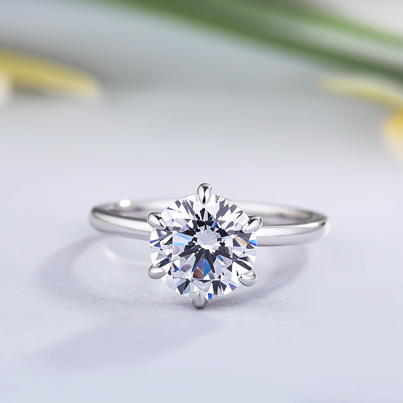 Louilyjewelry Sterling Silver Classic Round Cut Solitaire Engagement Ring