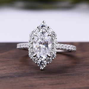 Louily Exclusive Oval Cut Engagement Ring In Sterling Silver