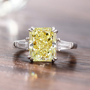 Louily 4.0 Carat Yellow Sapphire Radiant Cut Three Stone Engagement Ring In Sterling Silver