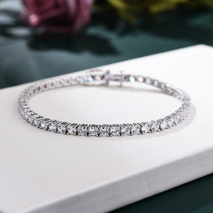 Romantic Simple White Round Cut Bracelet for Women In Sterling Silver