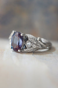 Alexandrite Engagement Rings