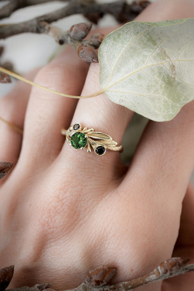 Bridal ring set with green tourmaline and black diamonds / Olivia - Eden Garden Jewelry™