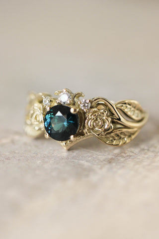 Engagement ring with two roses, sapphire and diamonds - Eden Garden Jewelry™