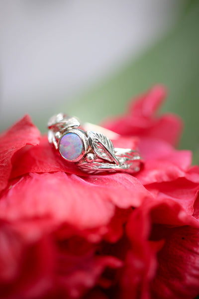 Round opal engagement ring, leaves band / Cornus - Eden Garden Jewelry