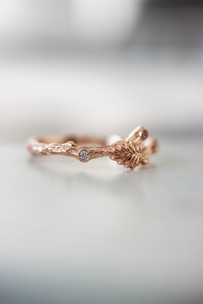 Twig ring with diamonds and one leaf, branch wedding band - Eden Garden Jewelry