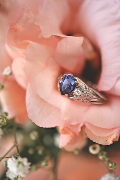 Sapphire and diamonds engagement ring / Wisteria - Eden Garden Jewelry
