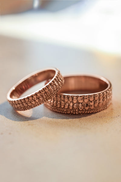 Wedding bands set for couple, crocodile's skin textured rings - Eden Garden Jewelry