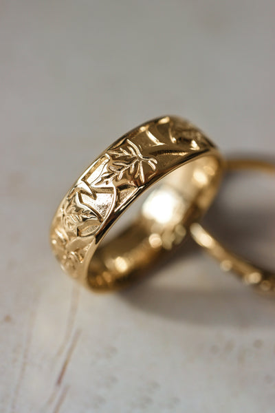 Gold leaf wedding band for man, ivy leaves ring - Eden Garden Jewelry™