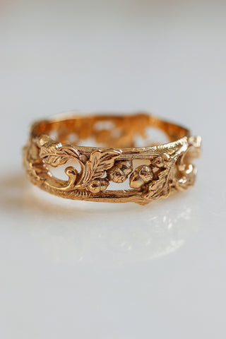 Oak leaves and acorns ring, wedding band for man