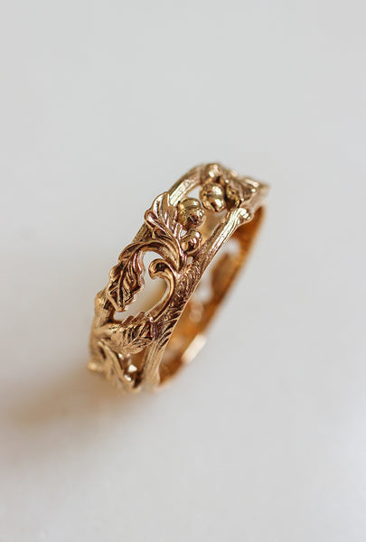 Oak leaves and acorns ring, wedding band for man - Eden Garden Jewelry