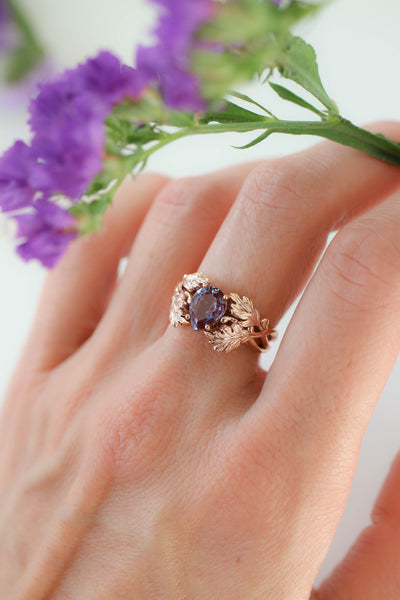 Maple leaves ring with pear cut alexandrite - Eden Garden Jewelry™