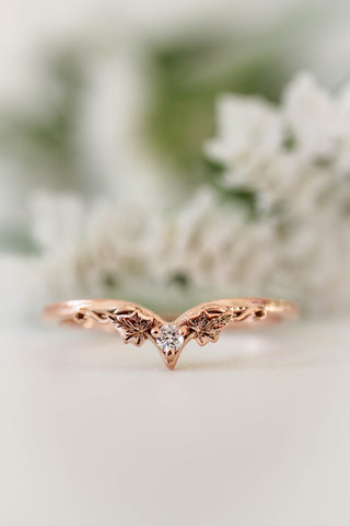 Ivy wedding band with diamond