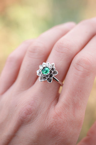 Lotus ring with emerald, white gold flower ring