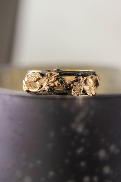Black and gold oak ring, wedding band for him - Eden Garden Jewelry™