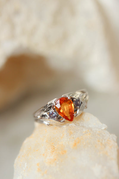 Custom order: engagement ring with orange sapphire and alexandrites - Eden Garden Jewelry
