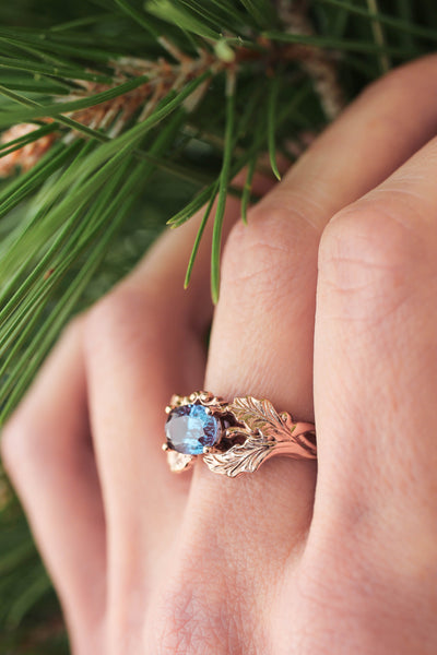 Oak leaves ring with oval alexandrite - Eden Garden Jewelry™