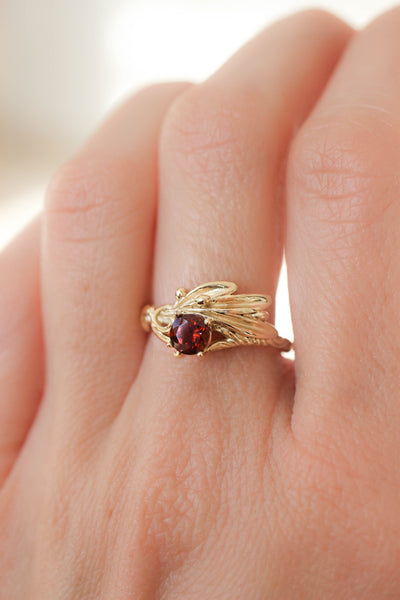 Olive branch ring with ribbon and red garnet - Eden Garden Jewelry