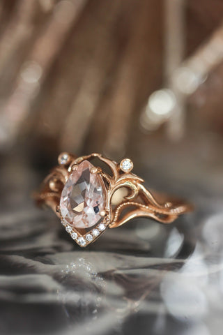 Morganite and diamonds engagement ring / Lida - Eden Garden Jewelry™