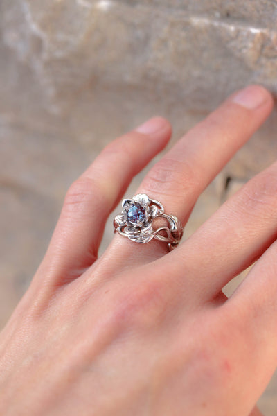 Flower engagement ring with alexandrite / Rosalia - Eden Garden Jewelry