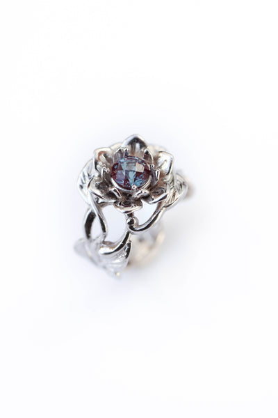 Flower engagement ring with alexandrite / Rosalia