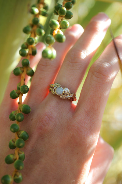 Round opal engagement ring, leaves band / Tilia