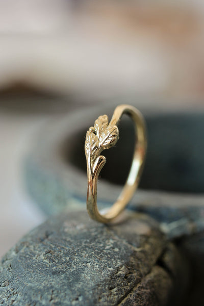 Dainty twig wedding band, solid gold ring - Eden Garden Jewelry™