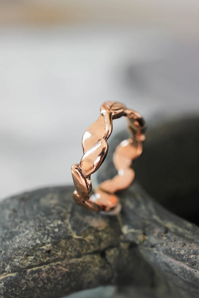 Bold leaves wedding band for man, nature ring for him - Eden Garden Jewelry
