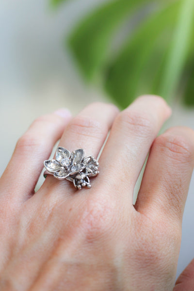 Sakura blossom ring, flower engagement ring with diamond or moissanite - Eden Garden Jewelry