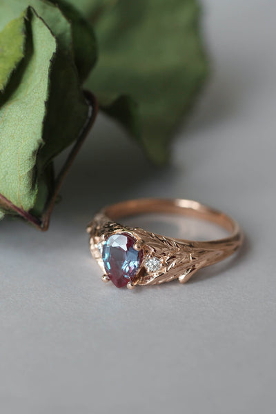 Bridal ring set with alexandrite and diamonds / Wisteria - Eden Garden Jewelry™