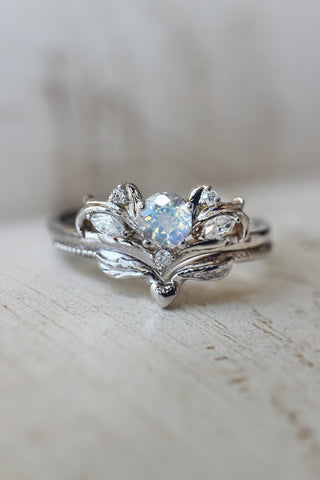 Moonstone and moissanites bridal ring set / Swanlake - Eden Garden Jewelry™