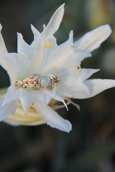 Opal ivy leaves engagement ring, nature leaves ring / Tilia