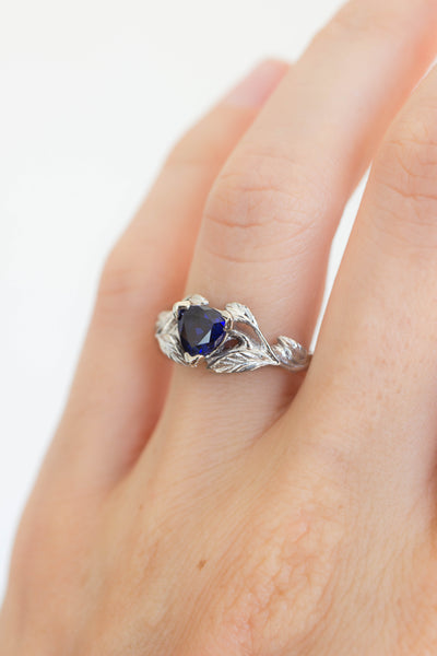 Wedding ring set with trillion sapphire / Clematis - Eden Garden Jewelry
