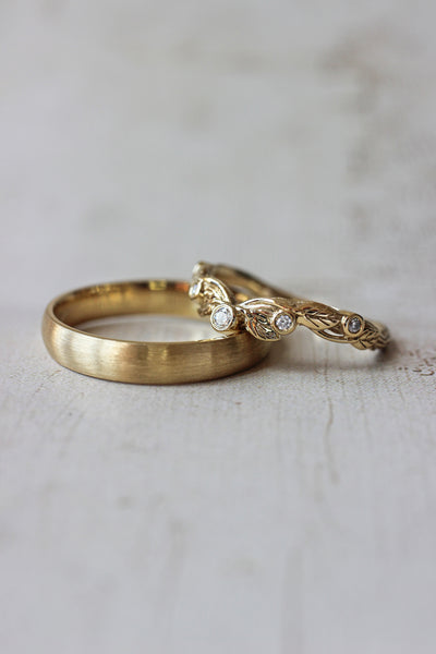 Wedding bands set for couple: satin and for him, wreath ring for her - Eden Garden Jewelry™