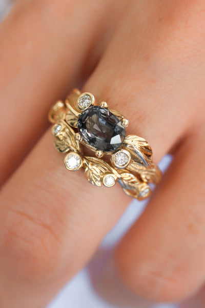 Bridal ring set with grey spinel and diamonds / Arius - Eden Garden Jewelry