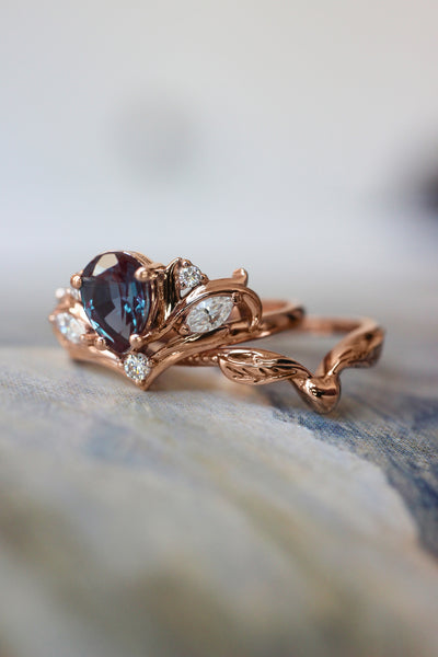 Engagement ring with pear cut alexandrite, without matching band / Swanlake - Eden Garden Jewelry