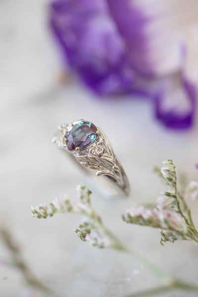 Bridal ring set with alexandrite and diamonds / Wisteria - Eden Garden Jewelry