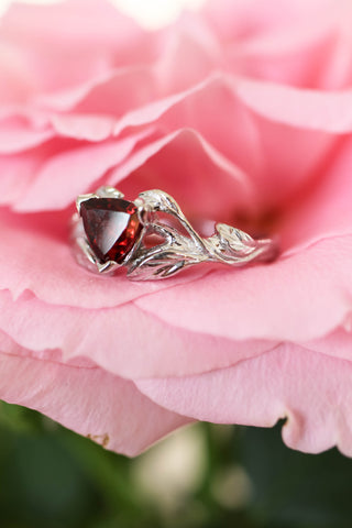 Trillion cut red garnet branch ring / Clematis