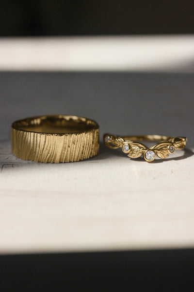 Wedding bands set for couple: bark ring for him, wreath ring for her - Eden Garden Jewelry