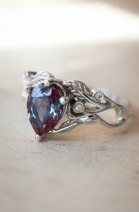 Custom order final payment: Callisto ring with pear cut alexandrite - Eden Garden Jewelry™