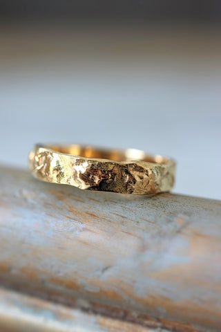 Textured wedding band, yellow gold ring