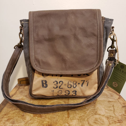 Caynor canvas and leather messenger bag