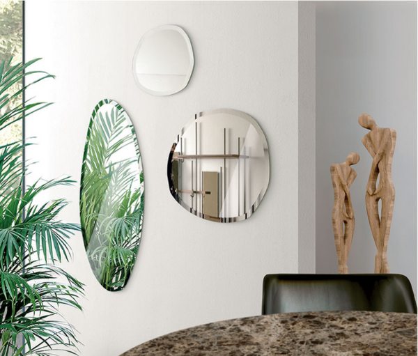 Wall mirrors with unconventional shapes Set of 3