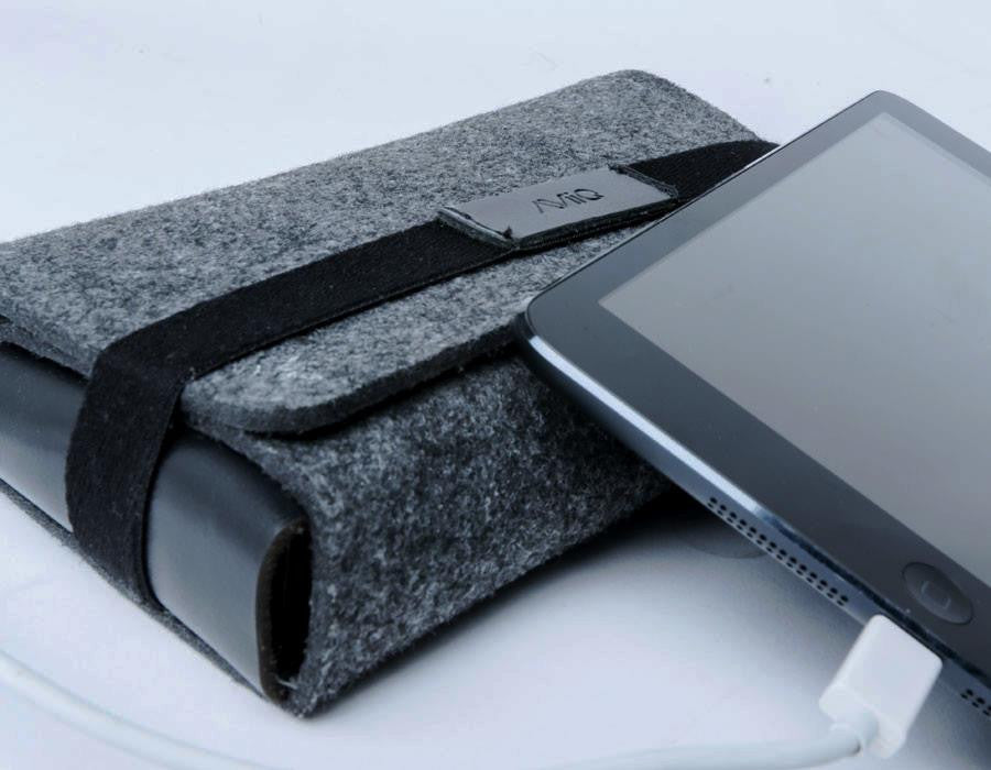 Portable Charging Station - Folio