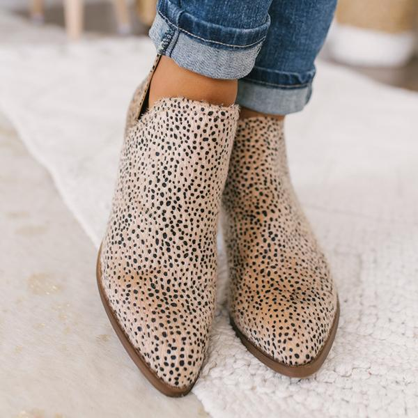 Belleyone Cut-out Ankle Booties