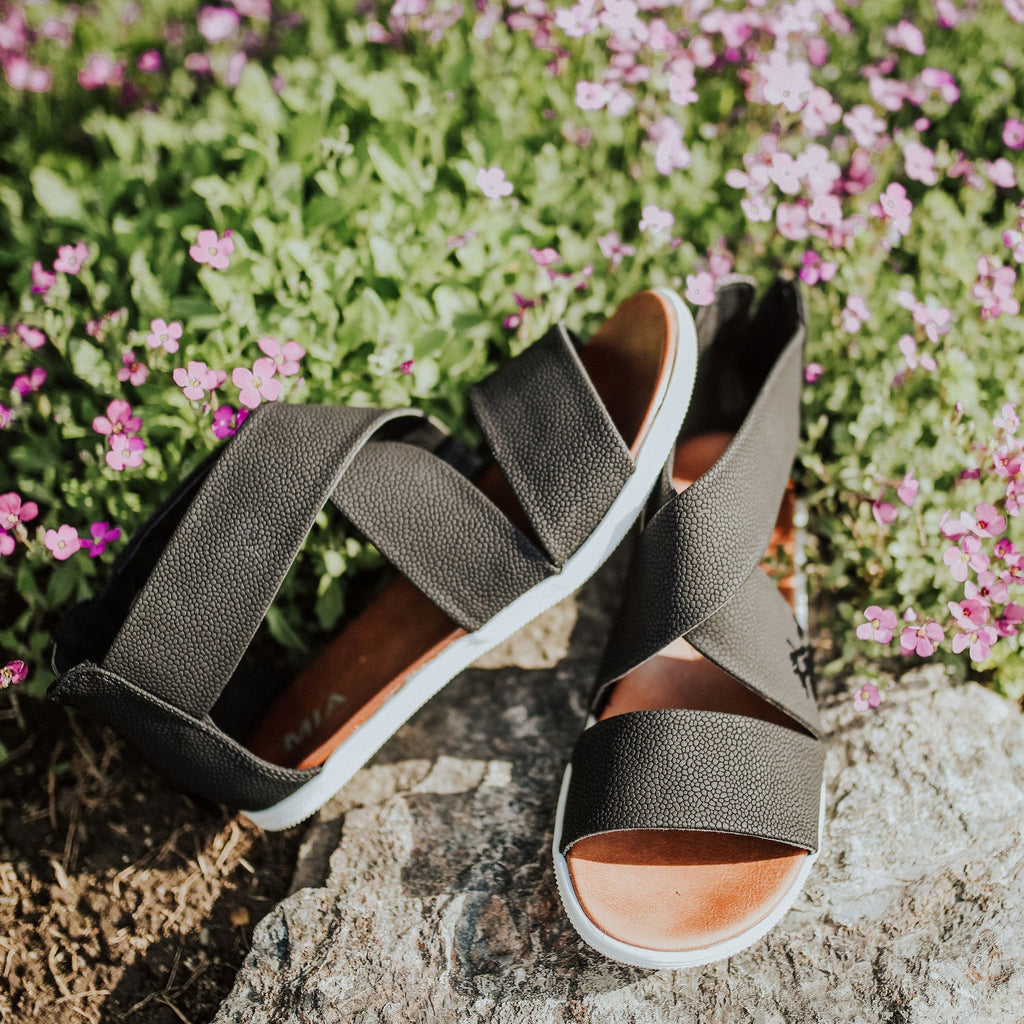 Belleyone Daily Open Toe Zipper Sandals