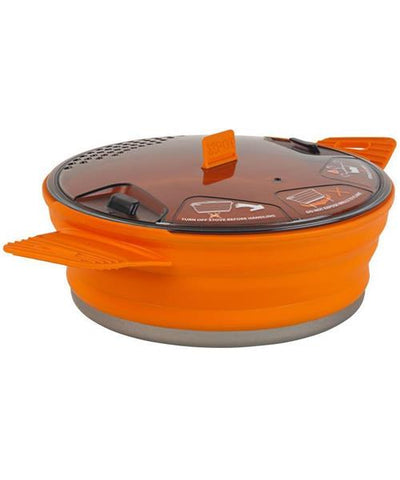 Sea to Summit - XPOT, 1.4l. This collapsible pot with strainer lid is a great addition to your outdoor equipment or emergency /survival kit. Why take big bulky pots when you can take this light, compactable pot with you?