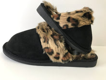 Load image into Gallery viewer, Snooze Leopard Slippers in Mommy & Me Sizes