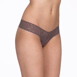 Signature Lace Thong Low Rise